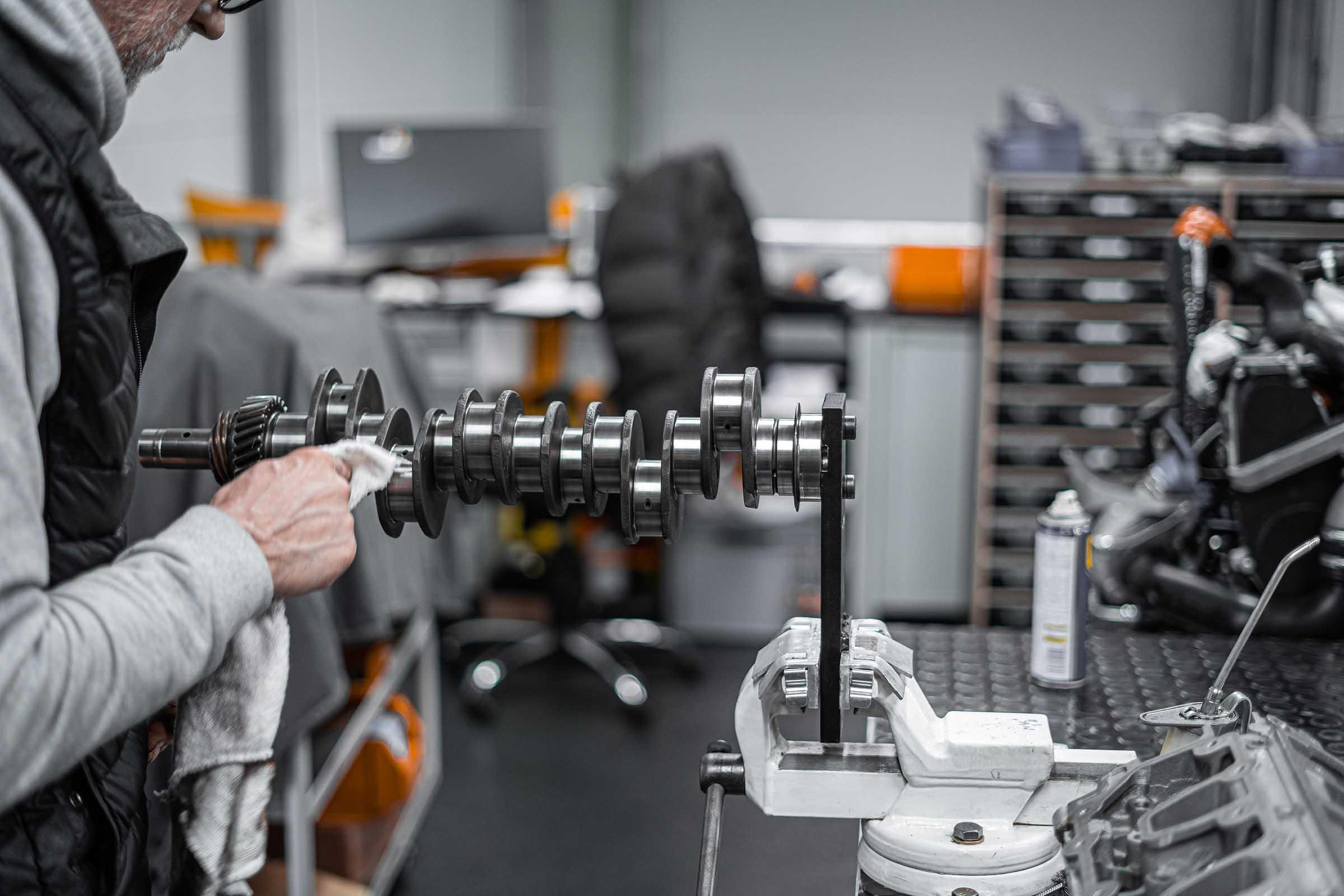 Dronia Sportwagen Spezialist für Porsche